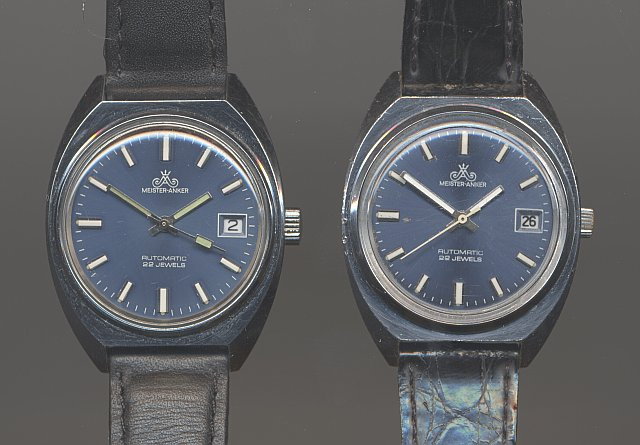 different hands: Left Quelle, right GDR model